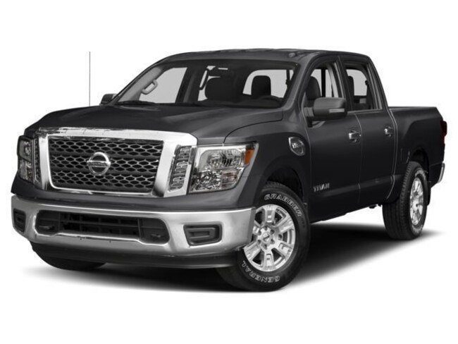 2017 Nissan Titan PRO-4X Truck Crew Cab [CN4, BOX, K04, LUX, K03, UT3, A92, B92, X02, SG2] For Sale in Swazey, NH
