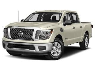 2017 Nissan Titan PRO-4X Truck Crew Cab