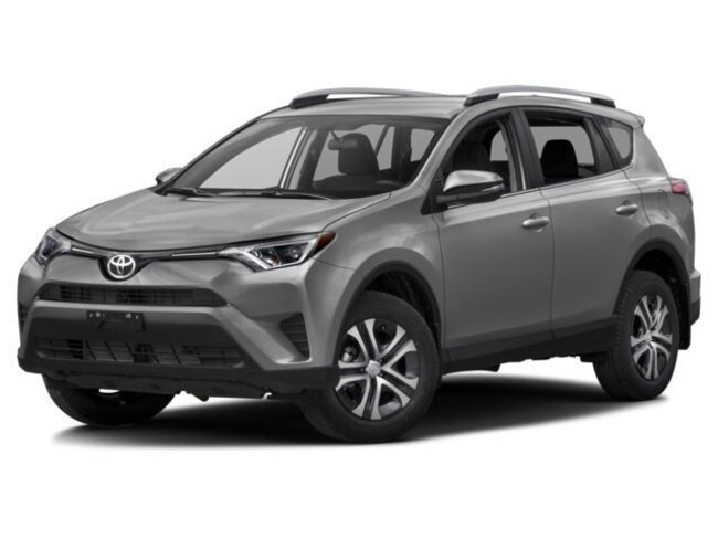 New 2017 Toyota RAV4 LE SUV Silver Spring, MD