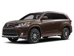 New 2017 Toyota Highlander Limited Platinum V6 SUV Corona