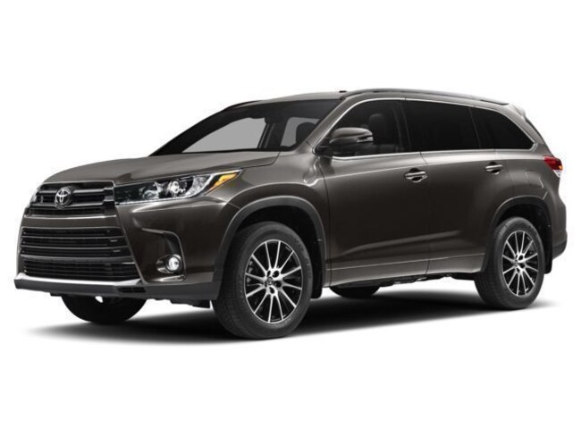 Certified Pre-owned 2017 Toyota Highlander SE V6 All-Wheel Drive AWD SE  SUV For Sale Oxford, MS