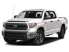 New 2017 Toyota Tundra SR5 5.7L V8 Truck CrewMax 874717 in Chico, CA