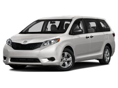 2017 Toyota Sienna LE Minivan/Van 5TDKZ3DC7HS872382 for sale in Hutchinson, KS at Midwest Superstore