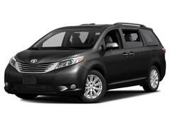 2017 Toyota Sienna XLE Auto Access Seat FWD 7-Passenger Van