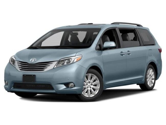 2017 Toyota Sienna XLE 8-Passenger Van Passenger Van Corsicana, TX