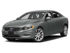 2017 Volvo S60 T5 Inscription AWD Platinum Sedan