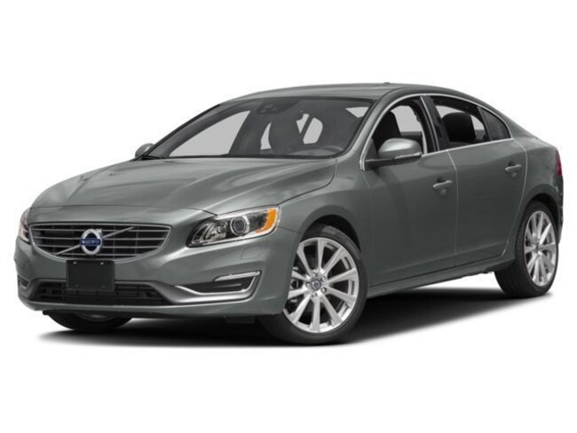 New 2017 Volvo S60 Inscription T5 Platinum Sedan Near Chicago