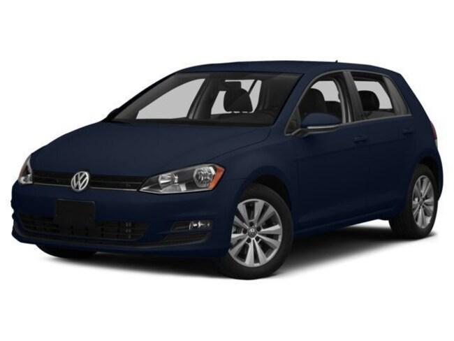 New 2017 Volkswagen Golf TSI SE 4-Door Hatchback