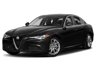 2018 Alfa Romeo Giulia Ti Sedan ZARFAEEN3J7566838