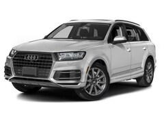 New 2018 Audi Q7 3.0T SUV WA1LAAF73JD023183 for sale in Latham, NY