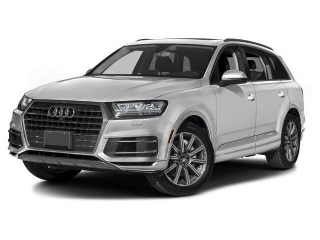 New 2018 Audi Q7 3.0T Prestige SUV near Hampton