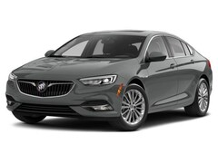 2018 Buick Regal Sportback Preferred II Sedan