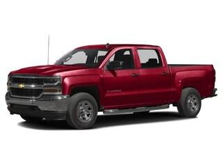 2018 Chevrolet Silverado 1500 4WD Crew CAB 143.5 Custo Truck Crew Cab