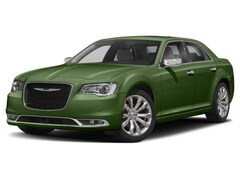 2018 Chrysler 300 Limited Sedan 2C3CCAEG8JH191636