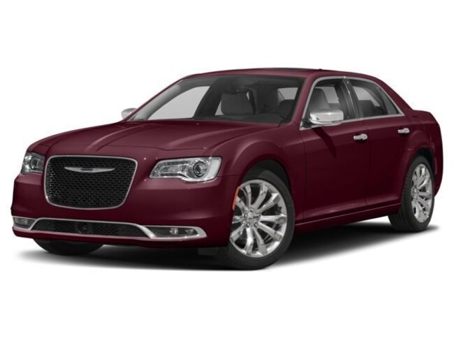 New 2018 Chrysler 300 TOURING AWD Sedan Waterloo, IA