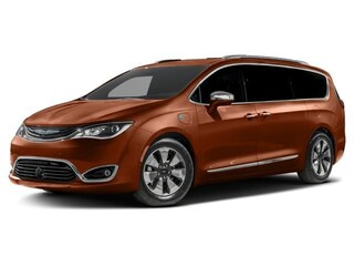 New 2018 Chrysler Pacifica HYBRID LIMITED Passenger Van in Danvers near Boston
