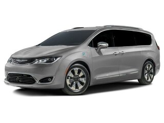 New 2018 Chrysler Pacifica HYBRID LIMITED Passenger Van in Burlingame