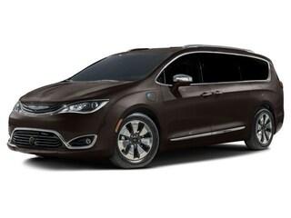 New 2018 Chrysler Pacifica Hybrid Limited Van Passenger Van Reno, NV