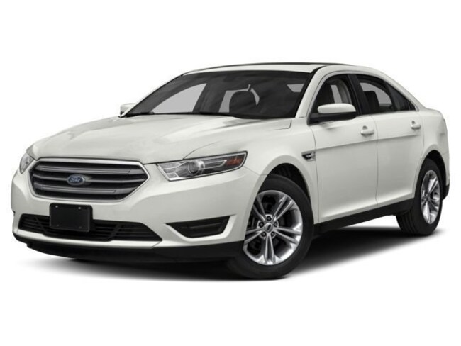 New 2018 Ford Taurus Limited V6 Ti-VCT in Madras