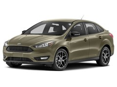 New 2018 Ford Focus SE Sedan in Versailles
