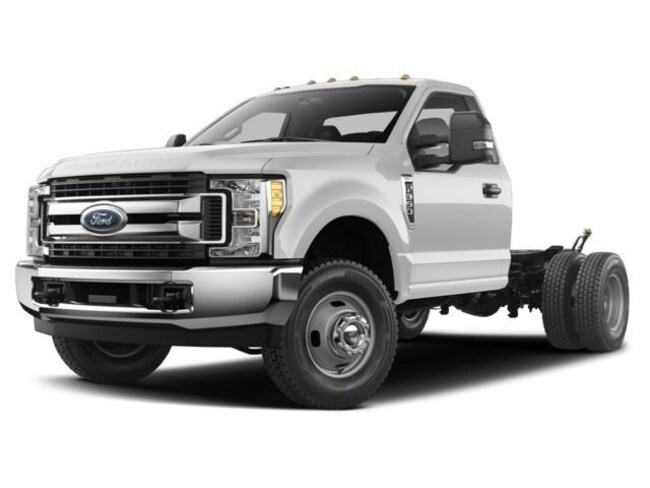 2018 Ford F-350 Chassis XL DRW Truck Regular Cab