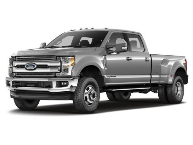 2018 Ford Super Duty F-450 DRW XLT XLT 4WD Crew Cab 8 Box