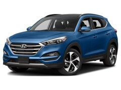 New 2018 Hyundai Tucson Limited SUV KM8J3CA28JU831023 for sale in St Paul, MN at Buerkle Hyundai