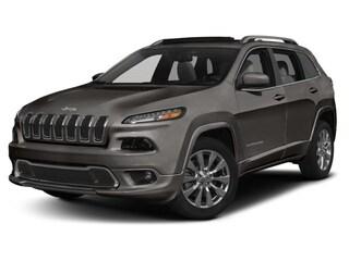 2018 Jeep Cherokee Overland FWD SUV