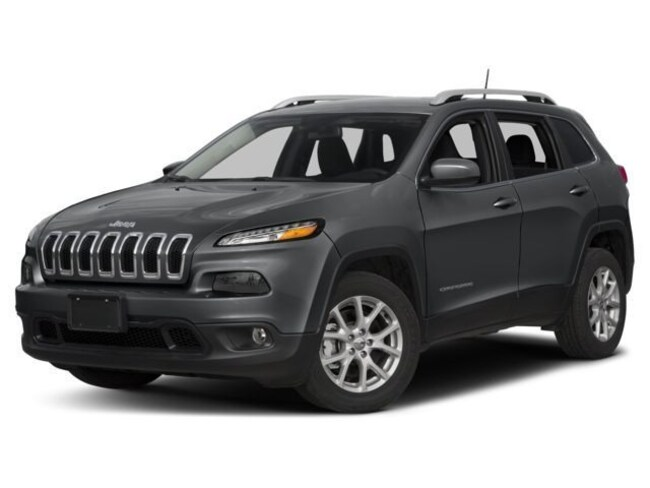 New 2018 Jeep Cherokee LATITUDE WITH TECH CONNECT PACKAGE 4X4 Sport Utility Lake Havasu City