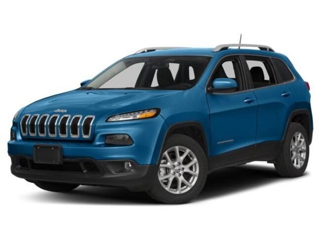 Used 2018 Jeep Cherokee Latitude Full Size SUV for sale in Farmington, NM