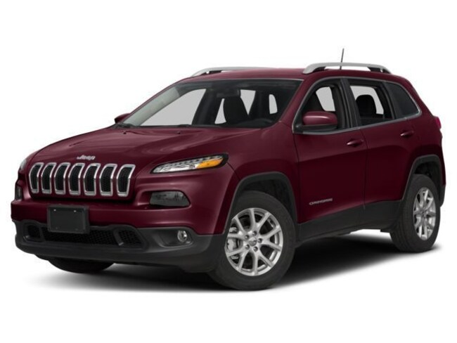 New 2018 Jeep Cherokee Latitude 4x4 SUV in Saint Joseph
