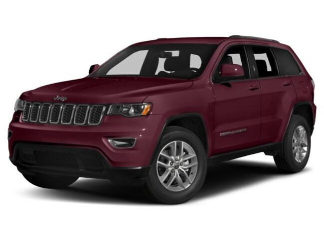 New 2018 Jeep Grand Cherokee Laredo 4x4 SUV in Bellevue, NE