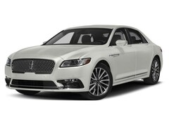 2018 Lincoln Continental Select Sedan