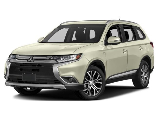 New 2018 Mitsubishi Outlander ES CUV in Amarillo, TX