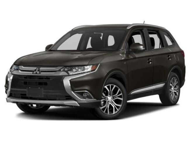 New 2018 Mitsubishi Outlander SE CUV in Amarillo, TX
