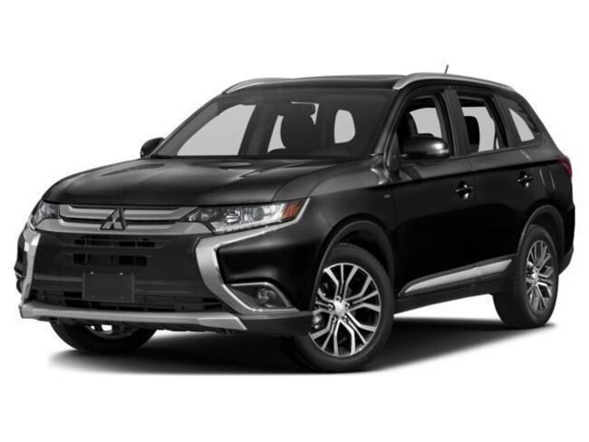 New 2018 Mitsubishi Outlander SE CUV near Phoenix, AZ