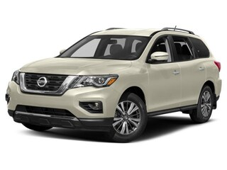 New 2018 Nissan Pathfinder SV SUV for sale in Manhattan, KS at Briggs Manhattan