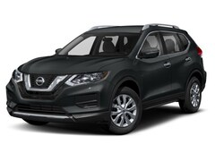 New 2018 Nissan Rogue SV SUV in Bedford TX