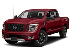 new 2018 Nissan Titan PRO-4X Truck Crew Cab 1N6AA1E5XJN525970 for sale in Denver
