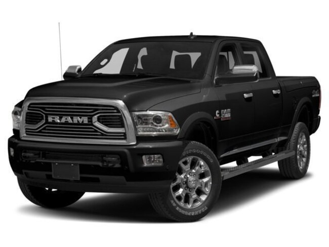 New 2018 Ram 2500 LIMITED CREW CAB 4X4 6'4 BOX Crew Cab Painesville