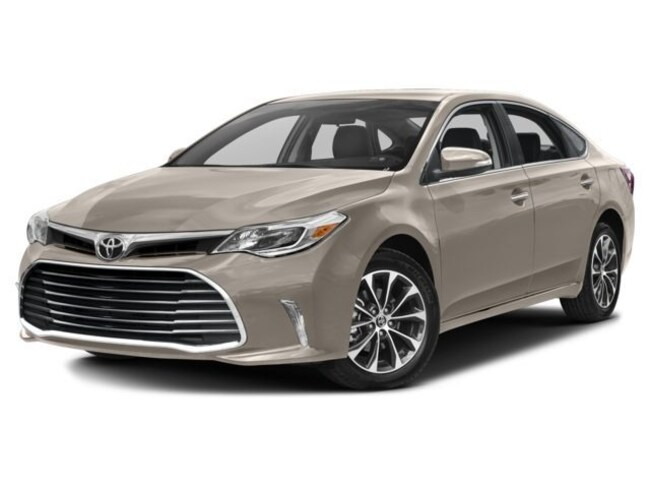 New 2018 Toyota Avalon XLE Sedan in Avondale, AZ