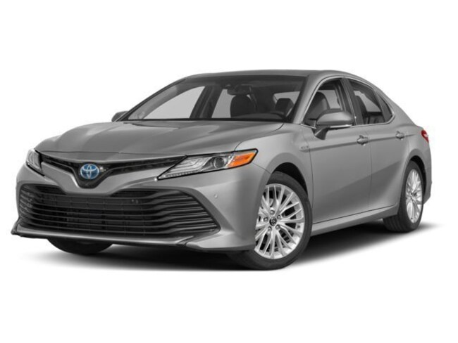 New 2018 Toyota Camry Hybrid XLE Sedan Silver Spring, MD