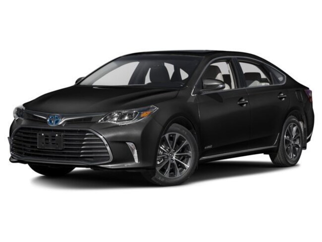 New 2018 Toyota Avalon Hybrid XLE Plus Sedan for sale in Boston MA