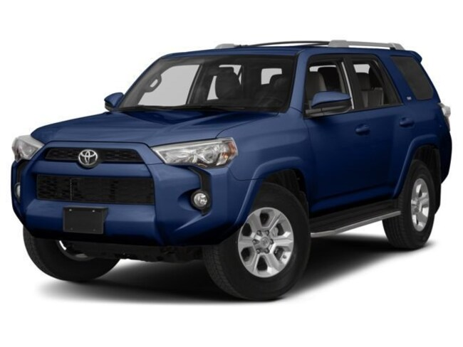 New 2018 Toyota 4Runner SR5 SUV near Middletown CT