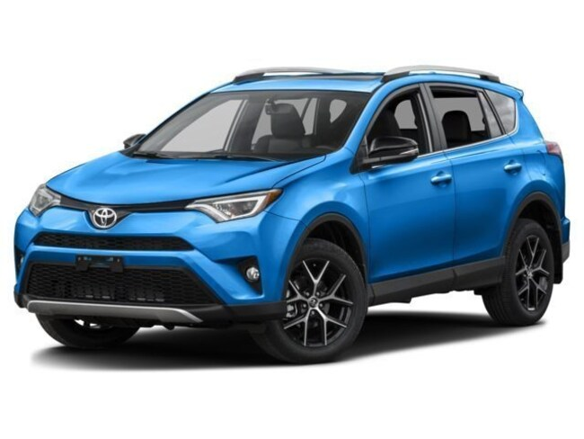 New 2018 Toyota RAV4 SE SUV for sale in Galesburg, IL