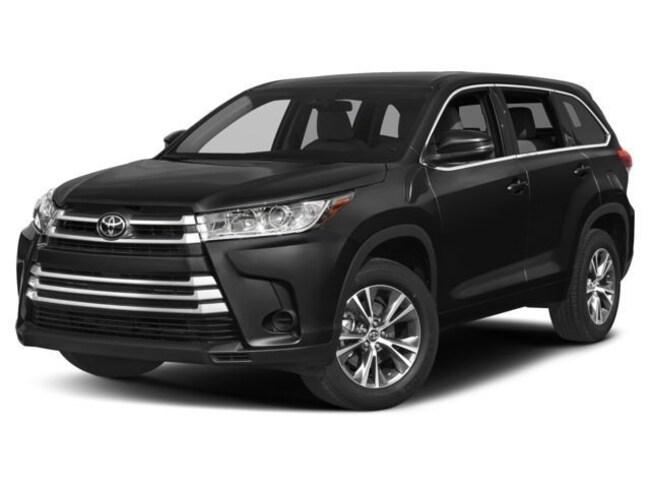 2018 Toyota Highlander LE 4D Sport Utility For Sale in Redwood City, CA