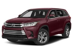 New 2018 Toyota Highlander LE V6 SUV 950918 in Chico, CA
