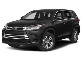 New 2018 Toyota Highlander LE V6 SUV serving Baltimore