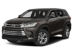 New 2018 Toyota Highlander LE V6 SUV for sale in Charlottesville