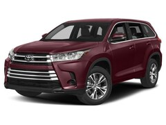 New 2018 Toyota Highlander LE V6 SUV for sale in Merced, CA
